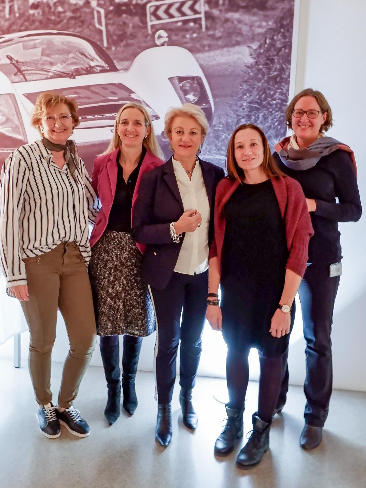 Porsche-Informatik-Frauen beim zweiten Netzwerktreffen